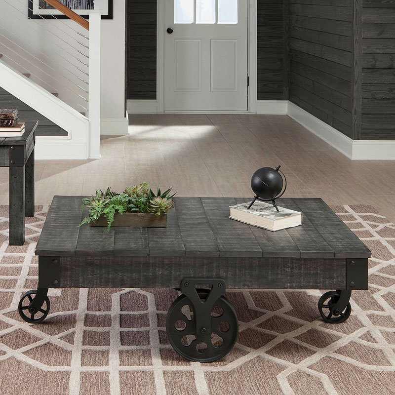 Distressed Grey Coffee Table: Distressed Country Coffee Table (Rustic Grey)