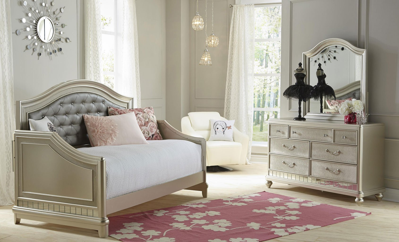 Diva Bedroom Set Ashley Furniture on samuel lawrence bedroom sets
