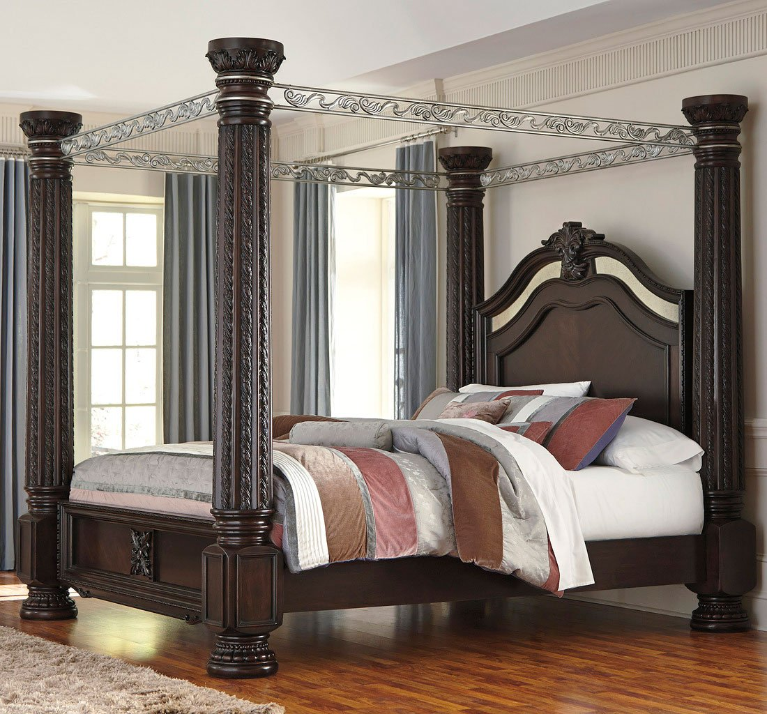 Laddenfield Canopy Bed