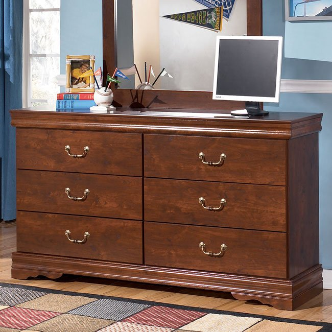 Wilmington Dresser Signature Design By Ashley Furniture