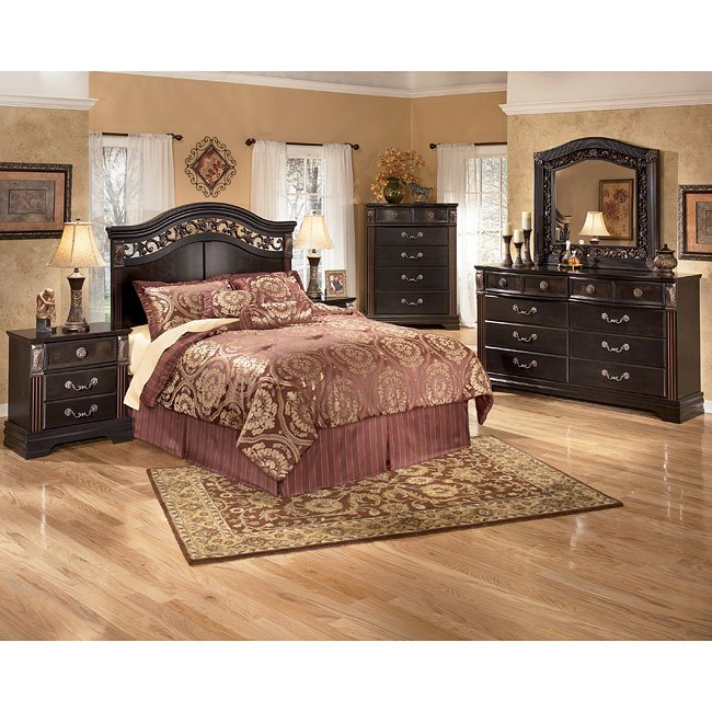 suzannah headboard bedroom set signature design by ashley