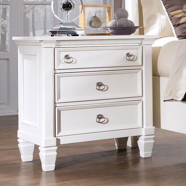 Prentice 3 Drawer Night Stand Signature Design By Ashley