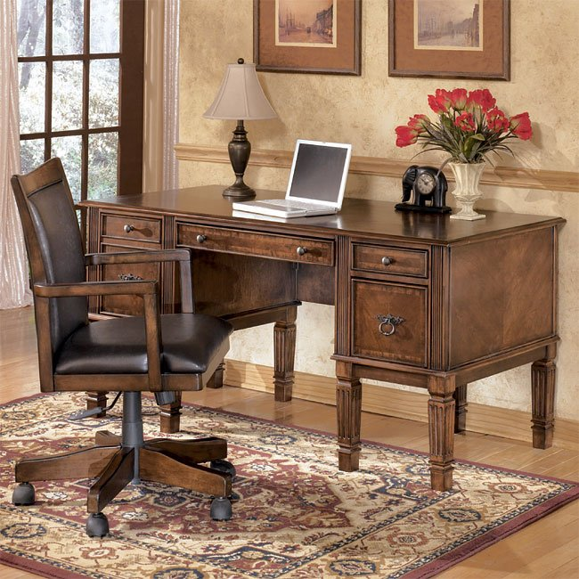 Hamlyn Home Office Set With Storage Desk Signature Design